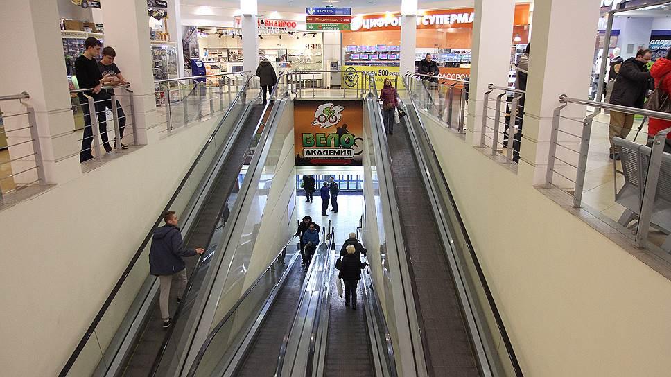 Посещаемость торгцентров сократилась после трагедии в Кемерово