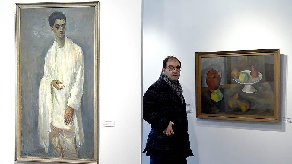 Слева: «Индус в белом», Роберт Фальк (1933)