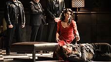 У «Тоски» в постановке Михаэля Штурмингера есть все внешние признаки криминальной драмы