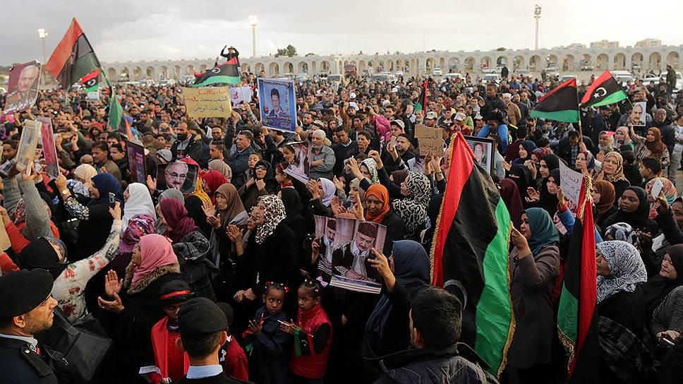 Как ливийцев призывают к национальному диалогу