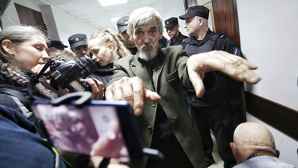 Петрозаводский городской суд частично оправдал и частично освободил Юрия Дмитриева