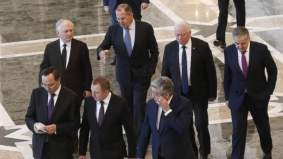Почему Украина проигнорировала встречу министров стран СНГ
