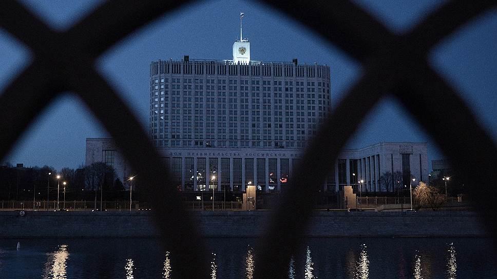 Как правительство и ЦБ готовы реагировать на расширение санкций США