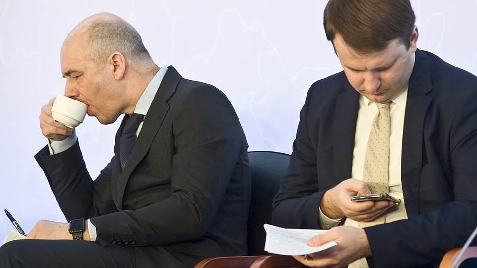 Главы Минфина Антон Силуанов и Минэкономики Максим Орешкин не совпадают в расчетах лучшего способа привлечения инвесторов в экономику