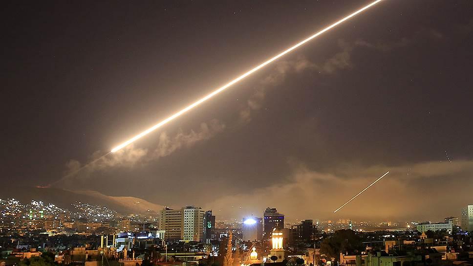 США и их союзники не скрывают: удар по Сирии был прежде всего предупреждением Москве
