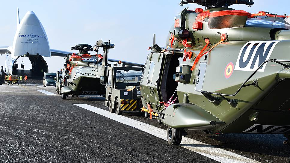 Компания «Волга-Днепр» с ее транспортными самолетами Ан-124 «Руслан» будет предоставлять войскам НАТО услуги по переброске техники и негабаритных грузов по всему миру. Но только до конца 2018 года