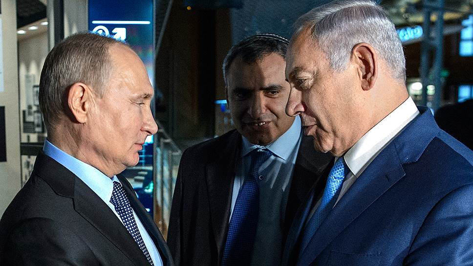 Президент России Владимир Путин (слева) и премьер-министр Израиля Биньямин Нетаньяху