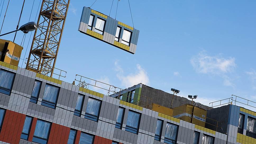 Заложить в сметы завышенные цены на доставку кирпича и бетона к месту строительства станет сложнее — Минстрой включит их перевозку автотранспортом в мониторинг рыночных це