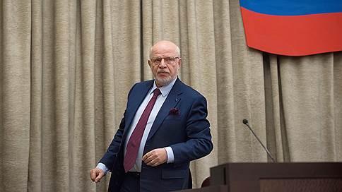 Избрание президента предложили отмечать амнистией // Михаил Федотов призвал простить административных нарушителей