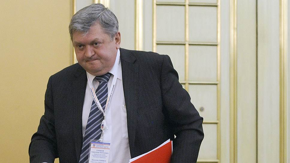 Устав от бумажной работы, в Росстате под руководством Александра Суринова изучают подходы к цифровизации национальной системы управления данными