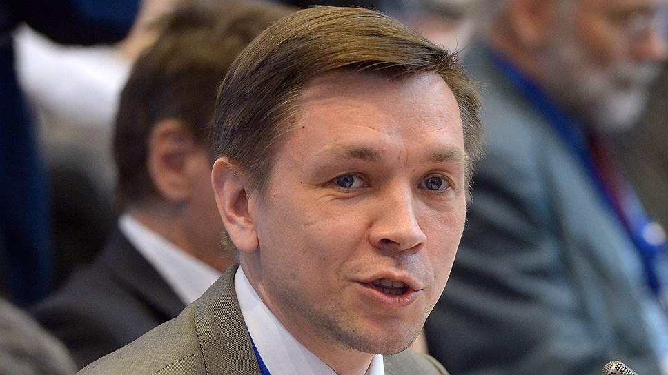 От министра цифрового развития, связи и массовых коммуникаций Константина Носкова бизнес ждет большего внимания к проблемам отрасли