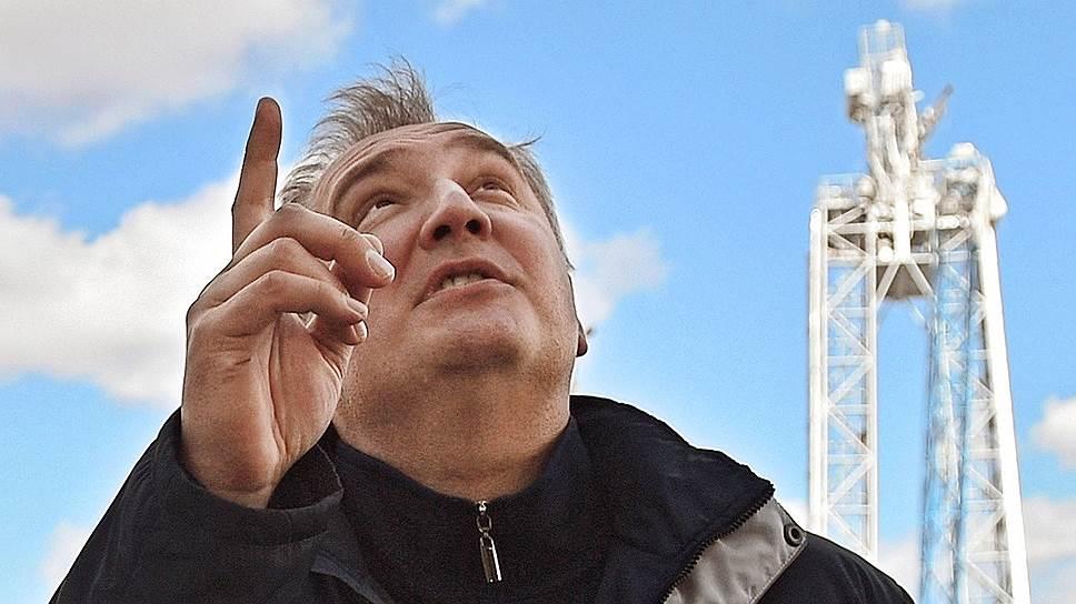 Почему «Роскосмосу» меняют командира и экипаж