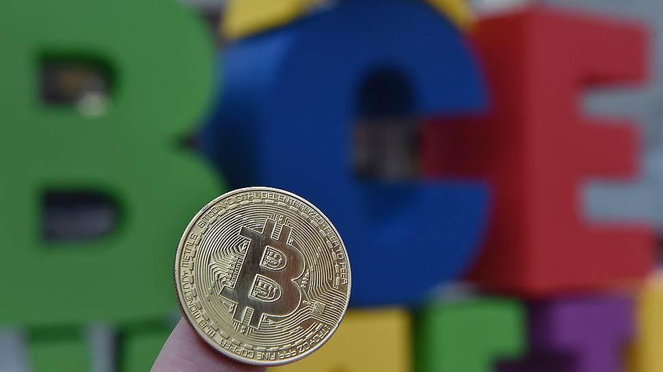 Финансовые сообщения пойдут через блокчейн