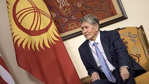 Экс-президента Киргизии окружают арестами // В стране преследуют соратников Алмазбека Атамбаева