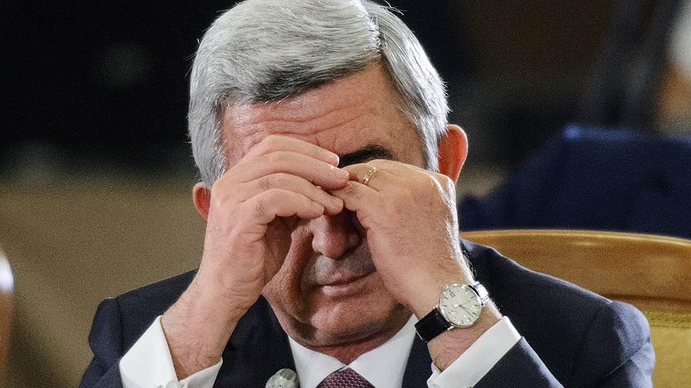 Новый премьер-министр Армении Никол Пашинян начал борьбу с коррупцией с преследования окружения своего предшественника Сержа Саргcяна (на фото)