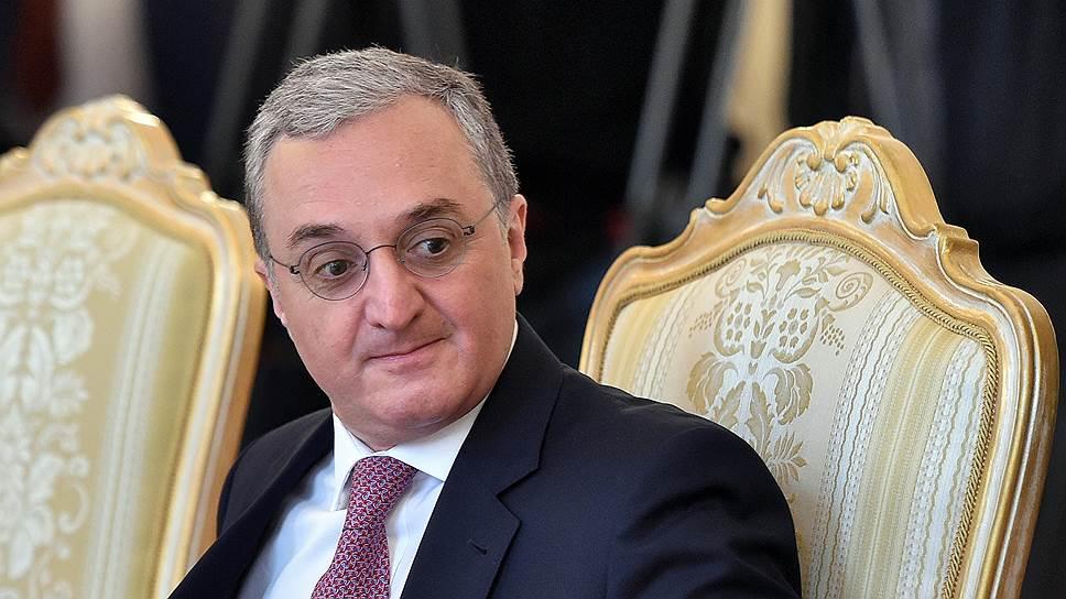 Как Азербайджан и Армения возобновили диалог по Карабаху на саммите НАТО