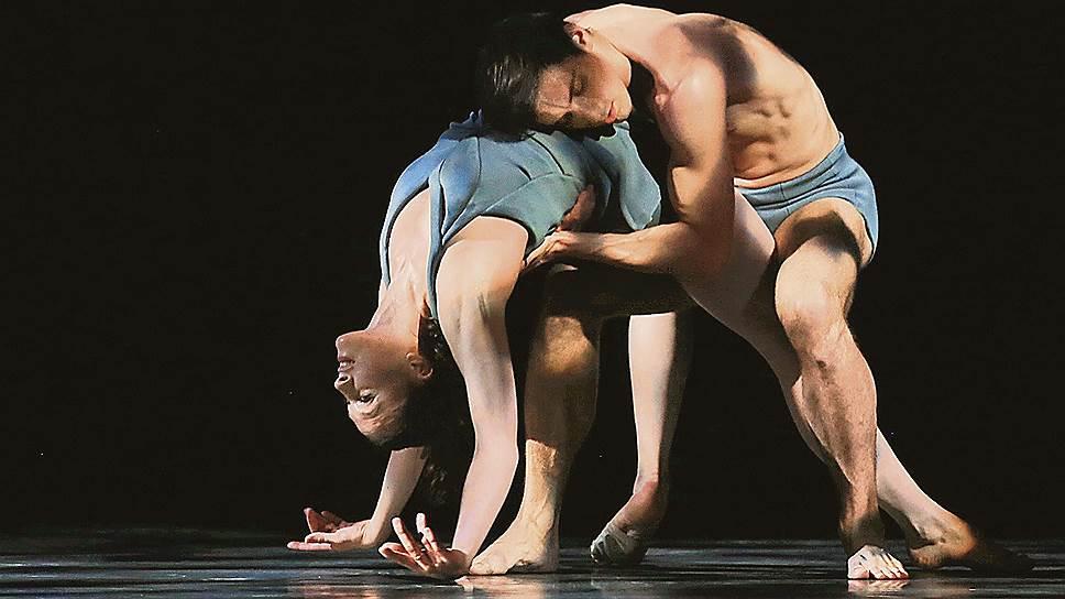 Французы представили балет как искусство тела, явленного в его физической тяжести