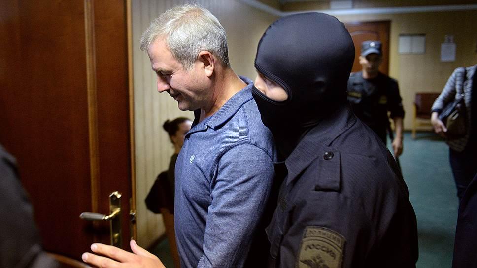Обвиняемый Александр Буряко