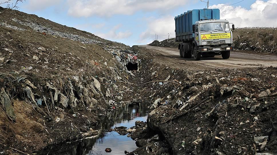 Почему «мусорная реформа» снова не укладывается в сроки