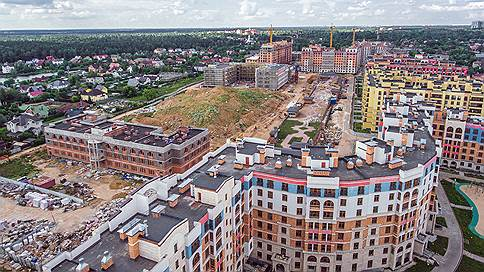 Urban Group вошла в стадию котлована // Дыра в бюджете компании оценивается в миллиарды рублей