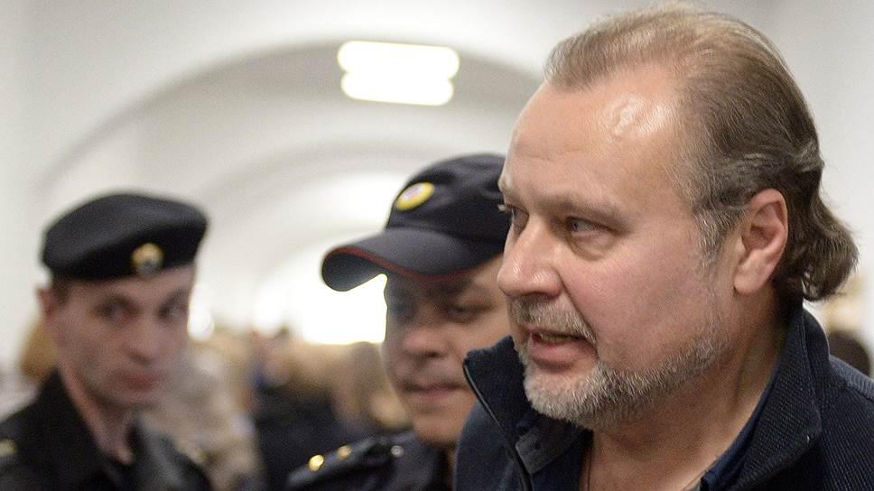 Почему защита бывшего замглавы ФСИН полагает, что его дело сшили хуже ботинок из кожевенного спилка