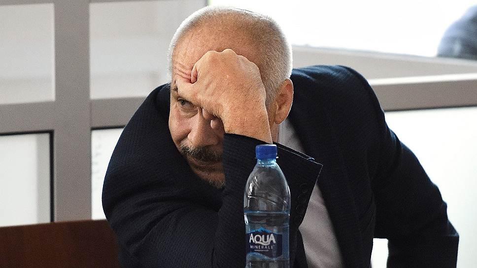 Генерал-майор в отставке Виктор Трутнев убедил суд, что не заслуживает строгого наказания