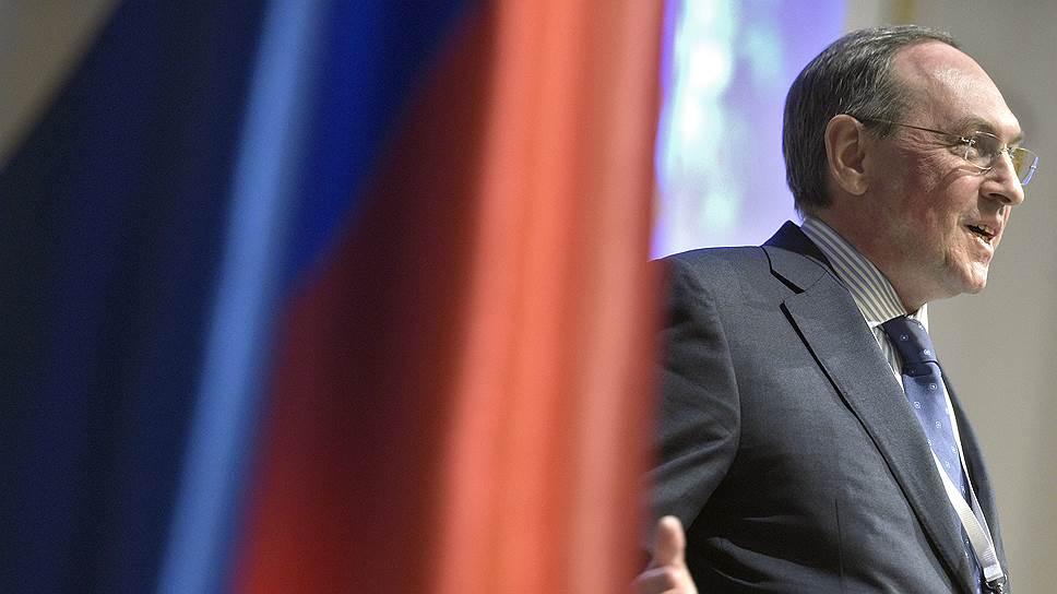 Глава комитета Госдумы по образованию и науке Вячеслав Никонов