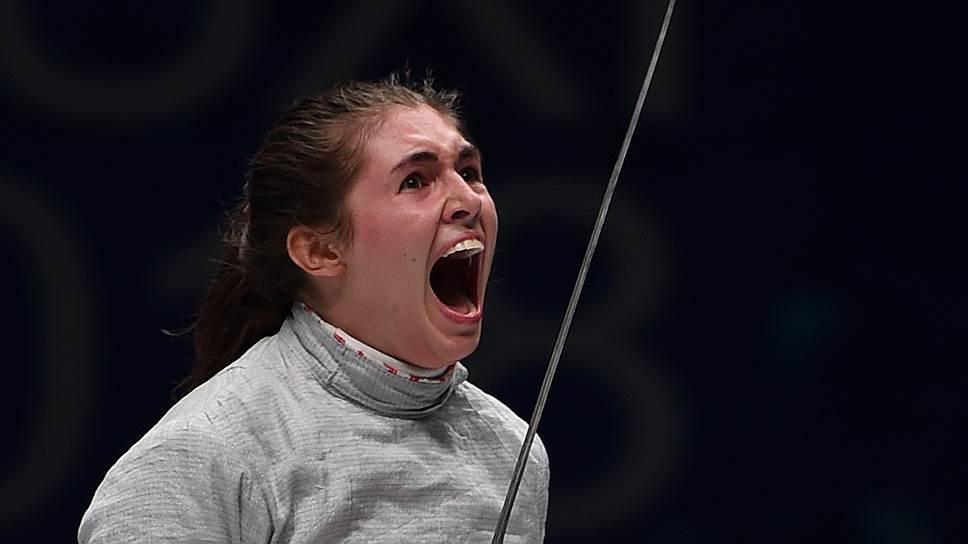 Еще совсем недавно выступавшая в юниорских соревнованиях София Позднякова вчера стала чемпионкой мира среди взрослых