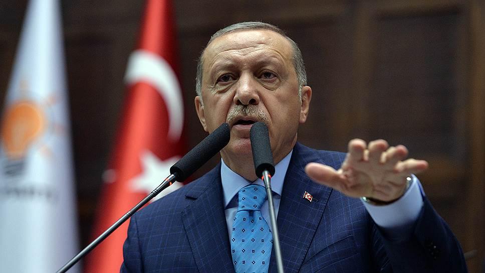 Как президент Турции Реджеп Тайип Эрдоган бросил открытый вызов США