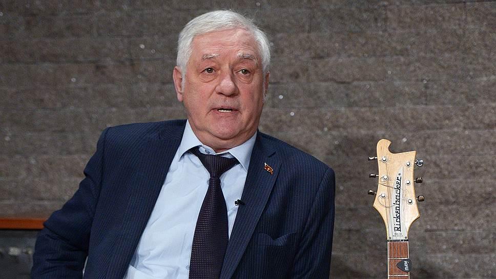 Председателю Мосгоризбиркома Валентину Горбунову предстоит разбираться с несколькими группами, инициирующими «пенсионный» референдум