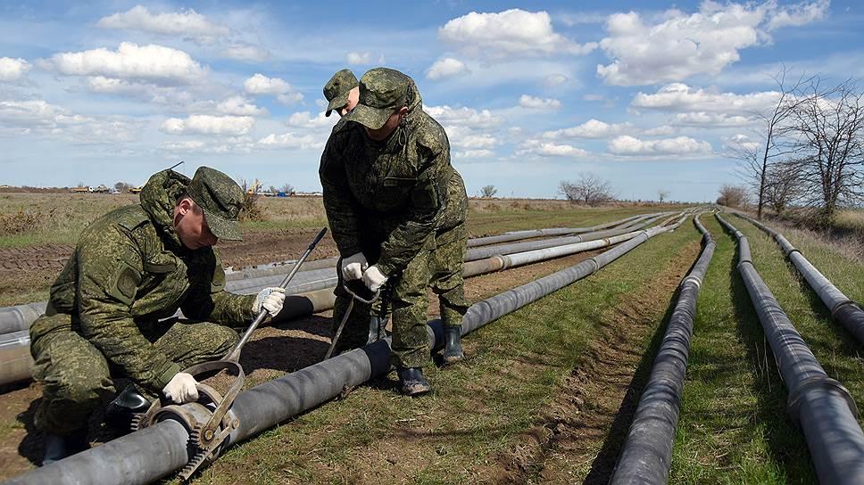 В состав рабочей группы для решения проблемы дефицита воды в Крыму войдут российские военные