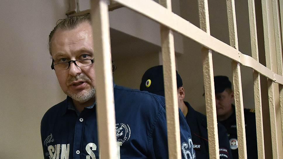 Олег Коршунов задолго до возбуждения уголовного дела знал, что за ним ведется наблюдение