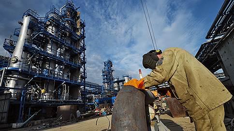 Бензин дорожает на бирже // Потери нефтяников от сделки с правительством увеличиваются