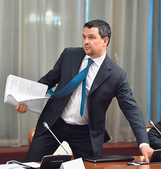 Вице-премьер Максим Акимов намерен распространить электронную цифровую подпись не только среди компаний, но и среди граждан будущего электронного государства