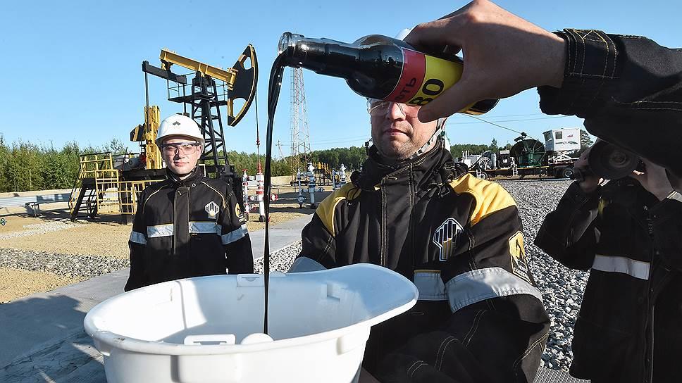 Как цены на нефть поддержали бюджет и напрягли автовладельцев