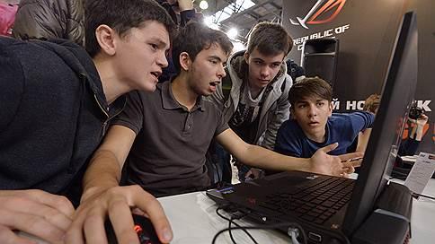 Ноутбуки отыграли рынок  / Продажи геймерских устройств удвоились