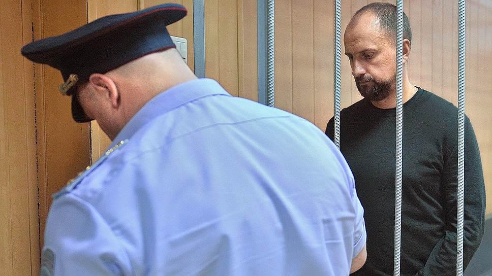 Сергей Поляков не смог убедить суд отправить его под домашний арест в «Триумф палас»