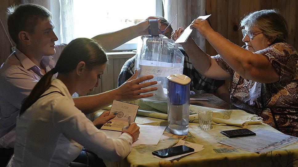 Как граждане впервые голосовали на «дачных» участках в Подмосковье