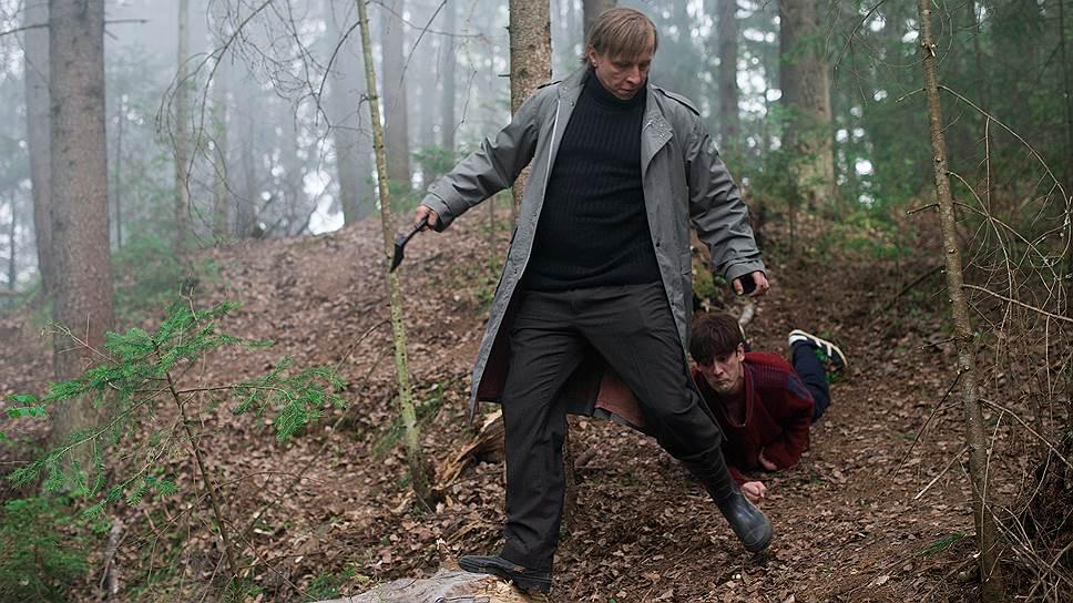 Герой Ивана Охлобыстина от большой любви к парализованному сыну бросает его в тайге
