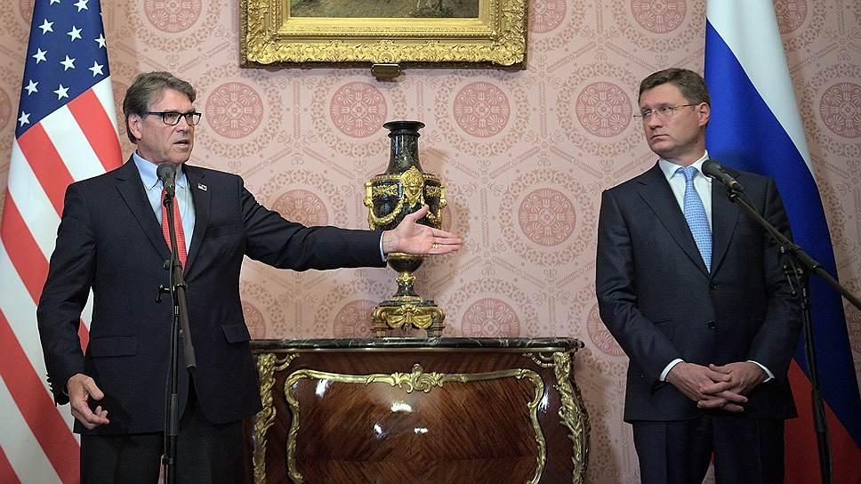 Министр энергетики США Рик Перри (слева) и министр энергетики России Александр Новак
