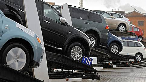 Машины позвали на Транссиб // Автопром просит новых скидок от ОАО РЖД