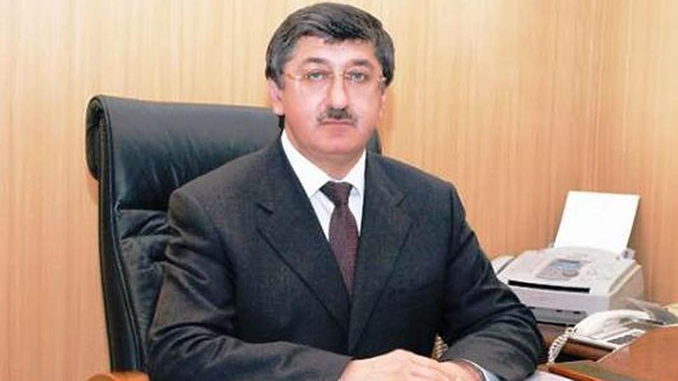 И. о. заместителя руководителя администрации главы и правительства республики Дагестан Исмаил Эфендиев