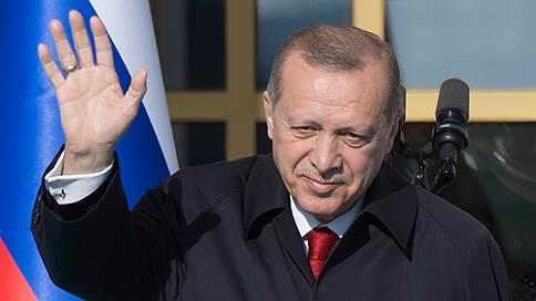 Турция не допустит террористических формирований на своей границе // Президент Турции Реджеп Тайип Эрдоган о сирийском урегулировании, специально для ''Ъ''