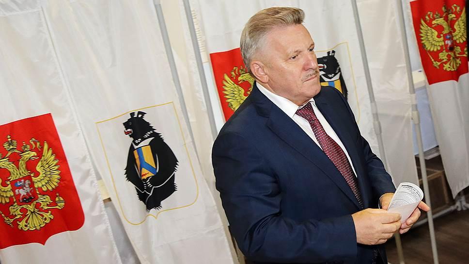 Глава Хабаровского края Вячеслав Шпорт проиграл оппоненту из ЛДПР, потому что олицетворял стабильность, а не обновление