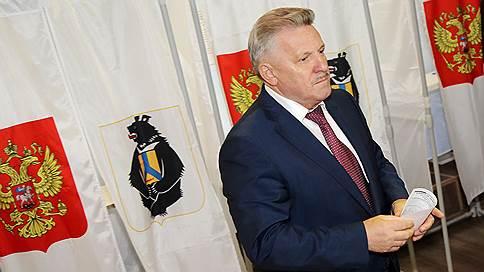Хабаровский край тряхнуло новизной // Вячеслав Шпорт проигрывает выдвиженцу ЛДПР с отрывом более 40%