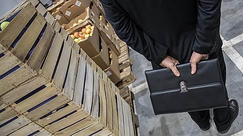 ВЭБ устраивается на складе // Банк может получить 30% «Росагромаркета»