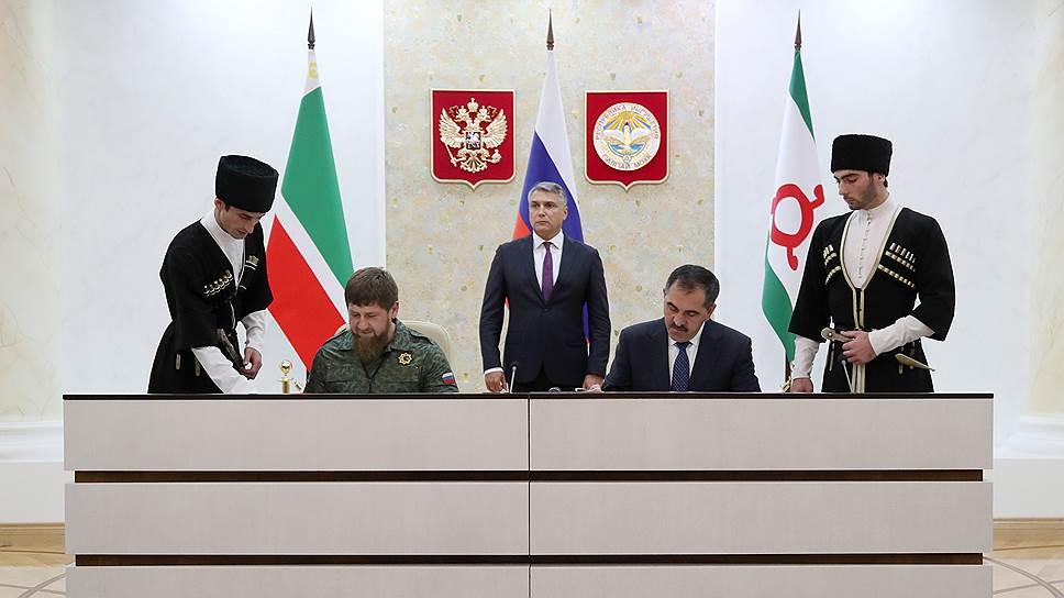 Как Рамзан Кадыров и Юнус-Бек Евкуров закрыли территориальный спор