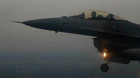 Отколовшемуся острову подбросили запчастей // США вооружают Тайвань и раздражают Китай