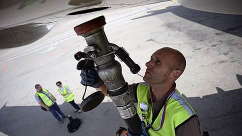 Убытки авиаторов пошли на взлет  / Рост цен на топливо подкосил даже международные направления