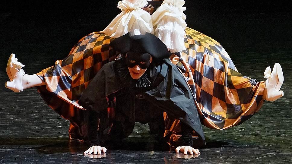 Балетные стилизации Клауса Абромайта маскируют суровую современную дисциплину под старинную развлекательность